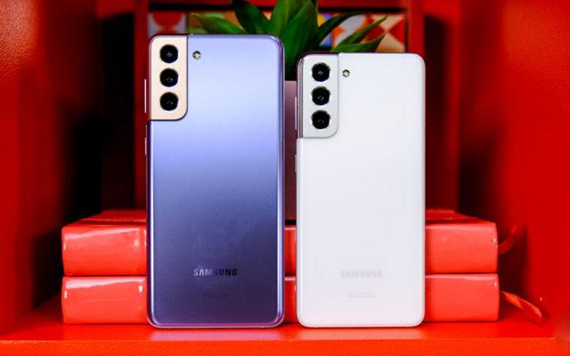 Samsung рассказала, почему убрала зарядку из комплекта S21. Какой же стыд!